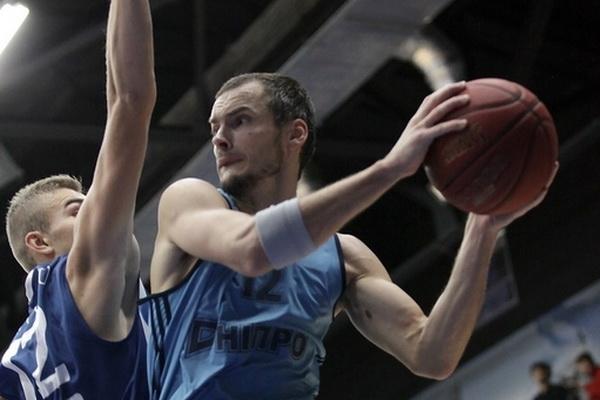 Два потужних блоки дніпрян у топ-моментах матчу Дніпро - Миколаїв