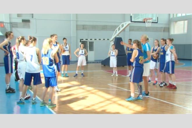 Жіноча збірна України U20 розпочала підготовку до чемпіонату Європи ВІДЕО