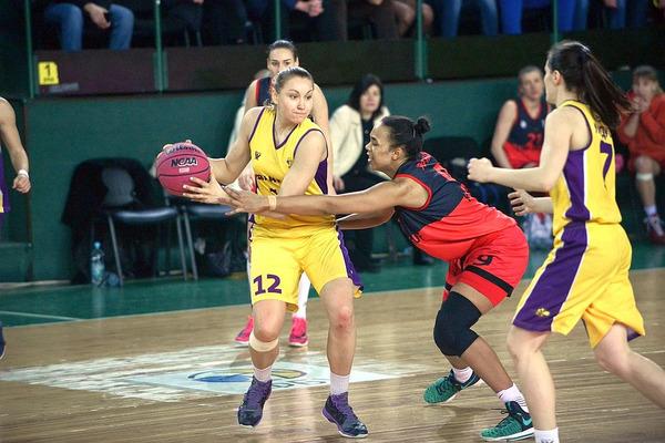 Яскравий фінал жіночого Кубка України від PRObasket