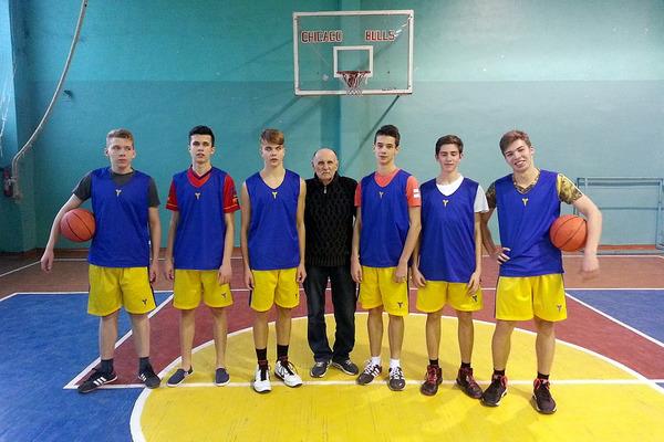 Визначилися фіналісти Харківської шкільної баскетбольної ліги