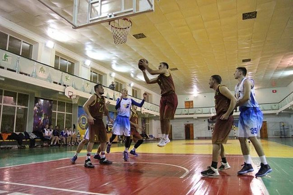 Зіграно другі матчі чвертьфіналу Аматорської баскетбольної ліги Рівненщини