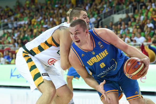 Кирило Фесенко: сподіваюся на швидке відновлення