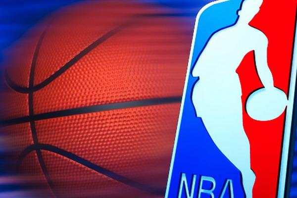 Найкращі моменти матчів НБА 26 квітня