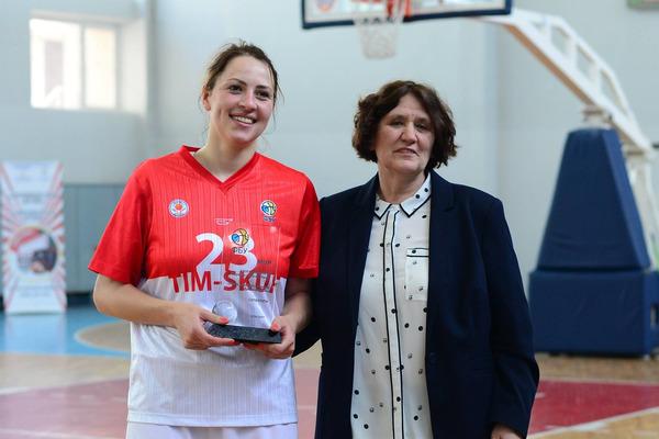 Жіноча Суперліга: лауреати сезону