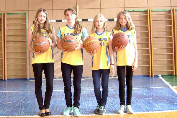ШБЛ 3х3: гімназія з Варви делегувала дівчат