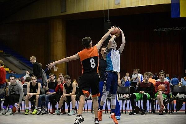 """Шкільна баскетбольна ліга 3х3: """"вікно у світ"""" відчиниться 17 травня"""