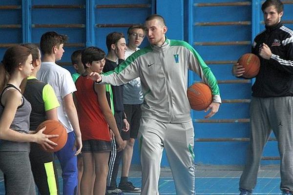 Українець з NCAA провів майстер-клас у Черкасах