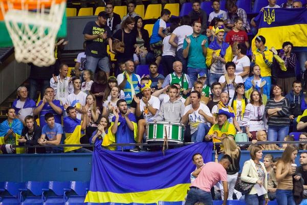 Гід по європейському літу: де і коли гратимуть усі збірні України