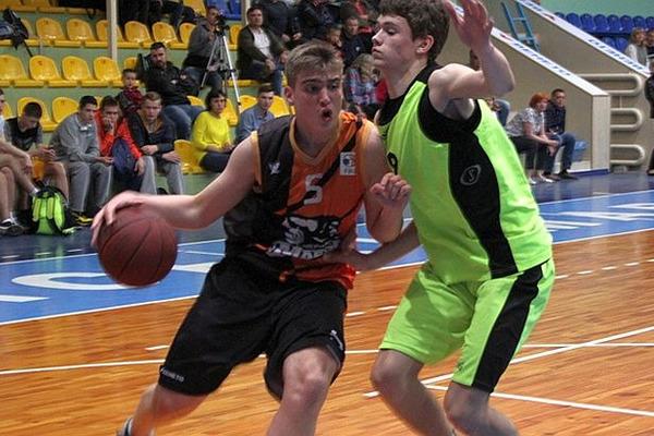 У Черкасах стартував фінальний етап ВЮБЛ серед юнаків 2001 р.н.