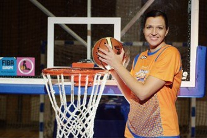 Олена Жержерунова: «Ветеранські змагання – це завжди хвилюючі зустрічі з друзями»