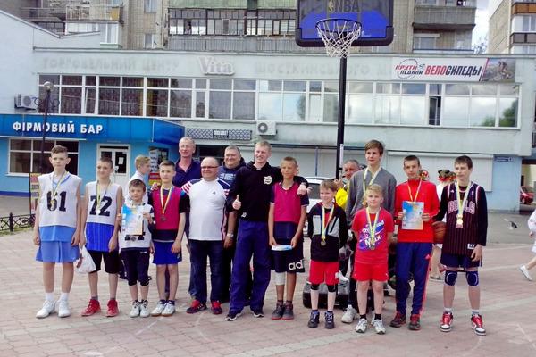 У Шостці відбулися змагання з баскетболу 3х3
