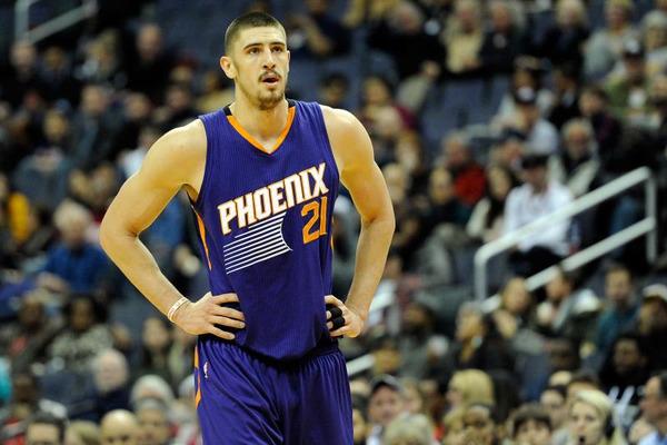 Українець Лень веде переговори з клубами НБА