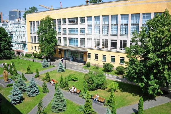 НУФВСУ оголошує набір студентів на 2017/18 навчальний рік
