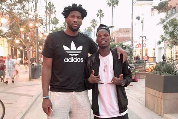Футболіст МЮ та баскетболіст НБА зійшлися під кільцем