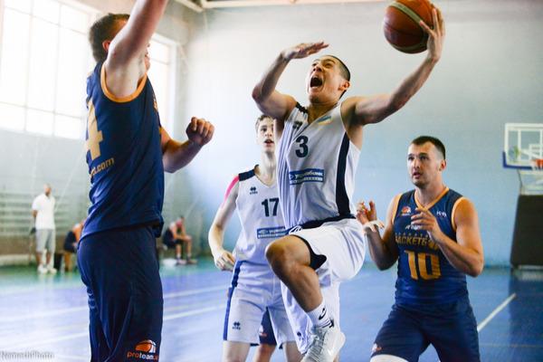 Юніорська збірна U-18 зіграла спаринг проти Планети Баскетбол: фотогалерея