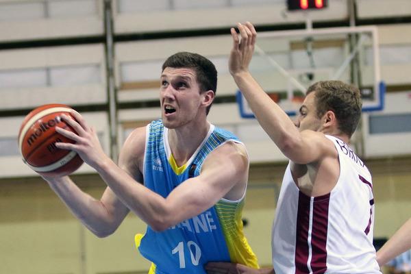 Михайлюк: обміняв би звання найрезультативнішого на перемогу над Сербією