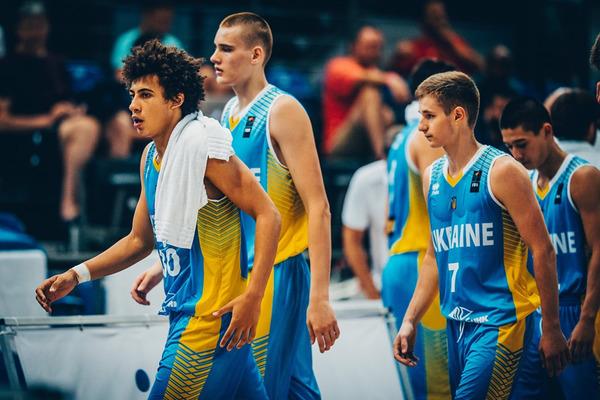 Україна U-18 на останніх секундах поступилась Туреччині і не вийшла у чвертьфінал ЄвроБаскета-2017