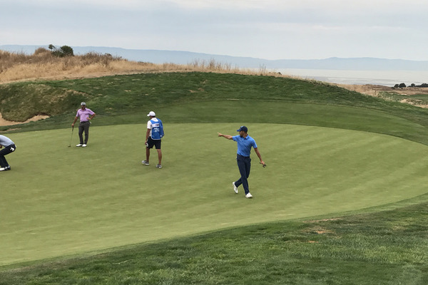 Стефен Каррі з курйозом дебютував у професіональному гольфі: відео