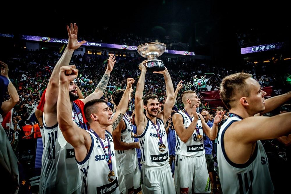 ЄвроБаскет-2017: як Словенія святкувала перемогу