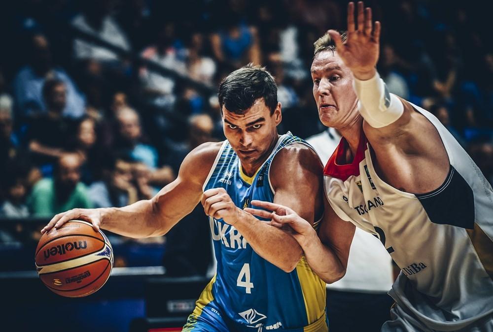 Форвард збірної України може продовжити кар'єру в D-Лізі НБА