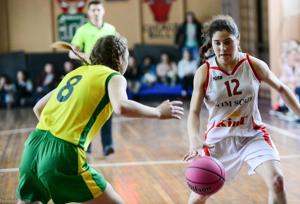 ВЮБЛ (дівчата-2002): на старті Київ сильніший за Рівне