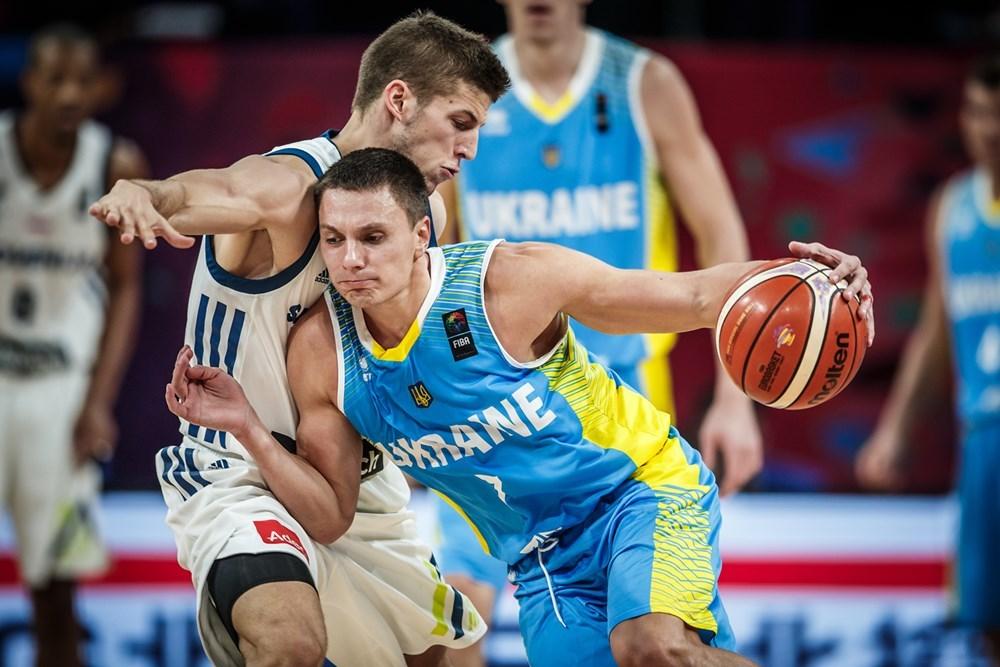 Захисник збірної України продовжить кар'єру в Литві