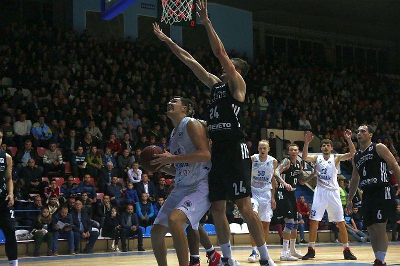 У Миколаєві баскетбол тіснить за популярністю футбол