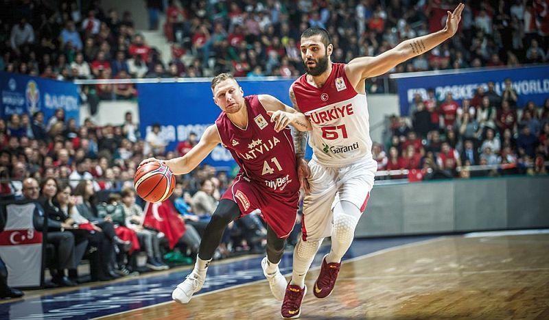 Суперники України: Туреччина стартувала з перемоги