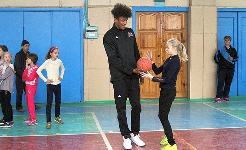 У Черкасах баскетболісти стали вчителями