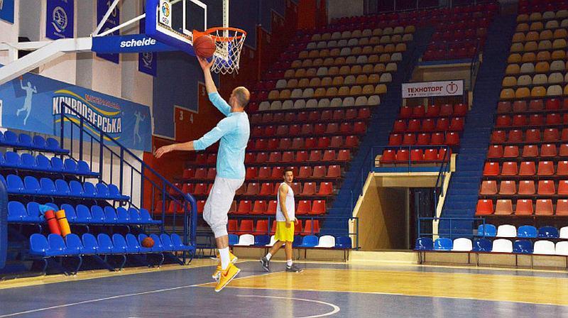 Лідер збірної України потренував команду Вищої ліги: фотогалерея