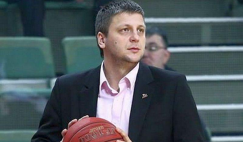 Тренер збірної України залишив посаду в клубі