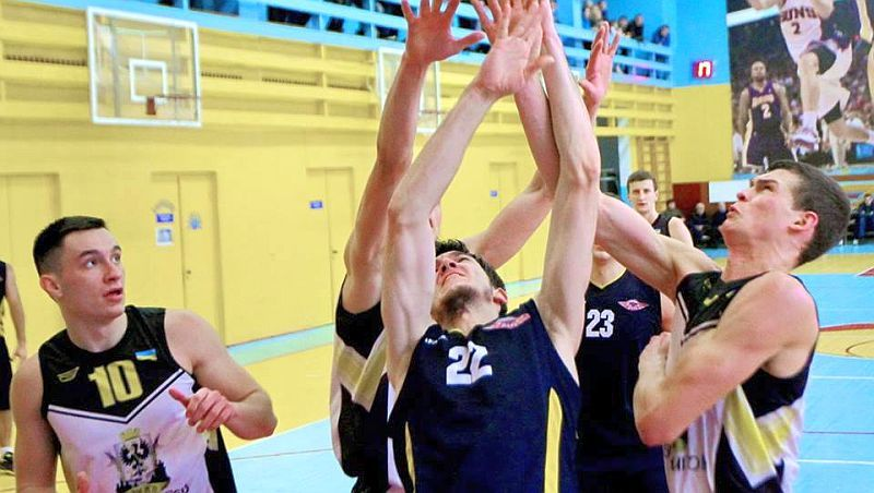 Баскетбольний трилер на користь господарів у Чернігові