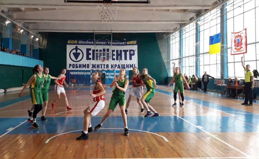 ВЮБЛ (дівчата-2003): Збірні Києва і Харківської області найпереконливіші у третьому турі