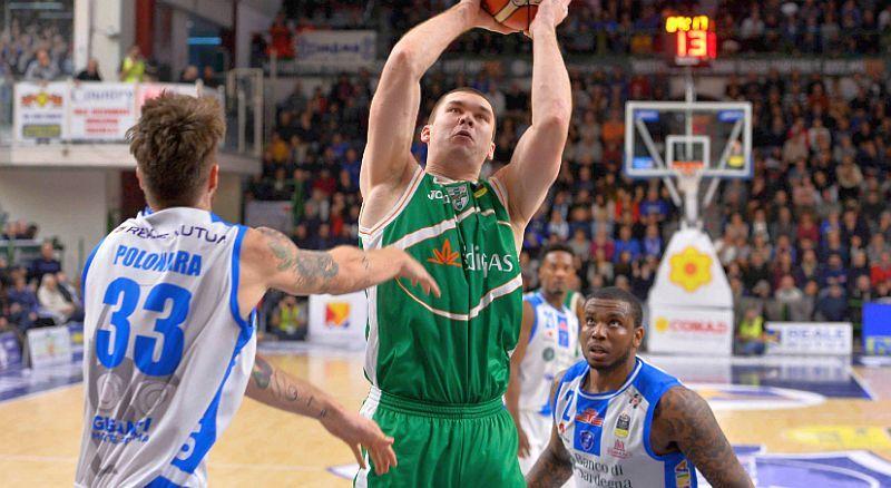 Фесенко допоміг своїй команді вирвати перемогу в овертаймі