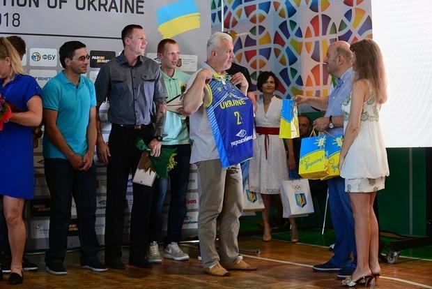 Перші тренери призерів чемпіонатів світу і Європи отримали звання Заслуженого тренера України