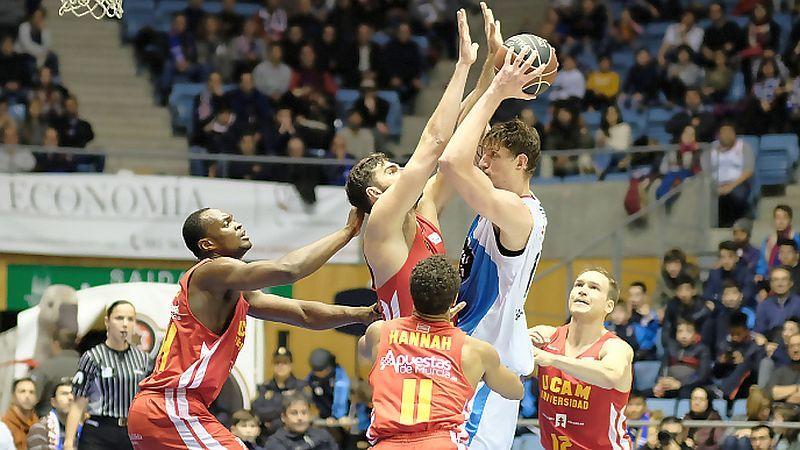 Українець Пустовий з рекордом переміг у чемпіонаті Іспанії