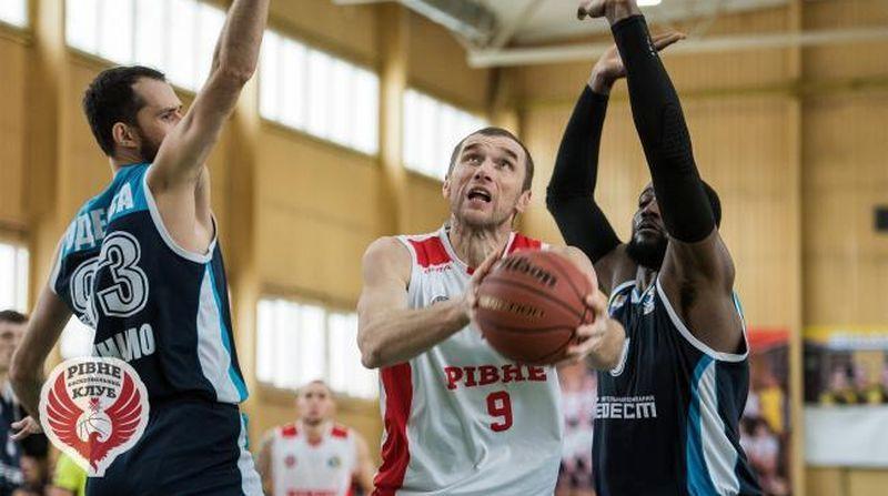 Анатолій Дубнюк: донька баскетболістка мотивує викладатися на майданчику на повну силу
