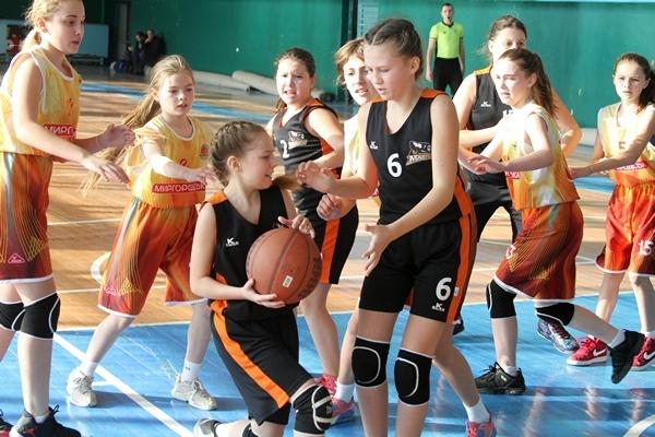 ВЮБЛ (дівчата-2006, дивізіон Б): домашні перемоги черкащанок