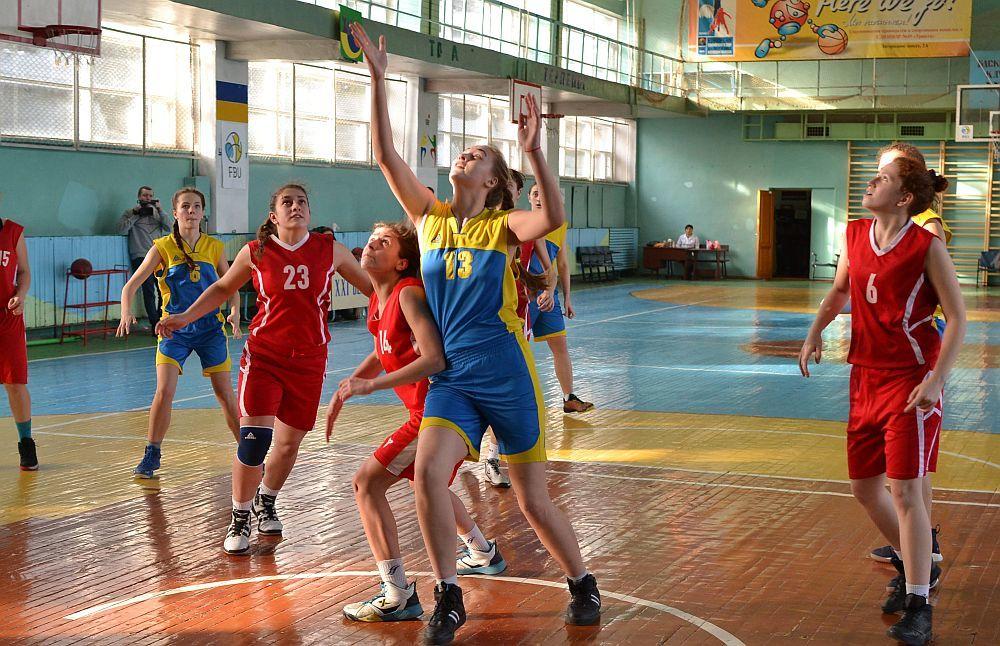 ВЮБЛ (дівчата-2003): у Харкові господарки найсильніші