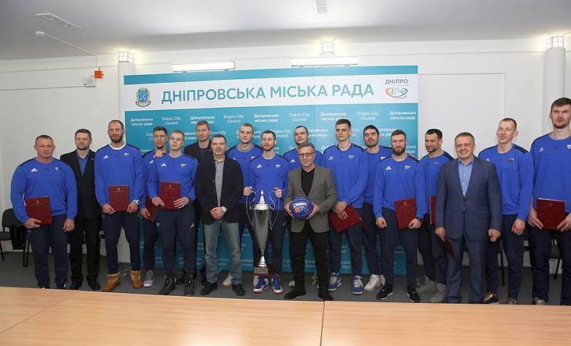 Володарів Кубка України вітали в міськраді Дніпра