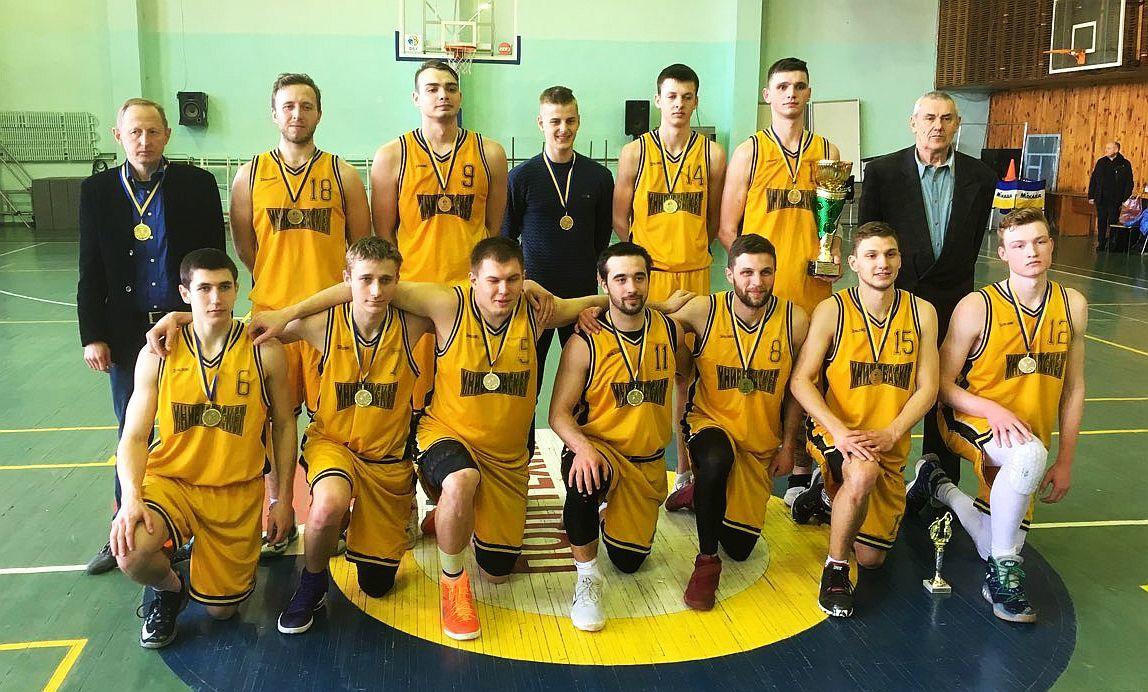 Перша ліга: визначено переможців та призерів у чотирьох групах