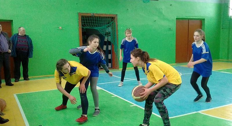 Чернігівщина баскетбольна: майбутні професіонали починають з аматорів
