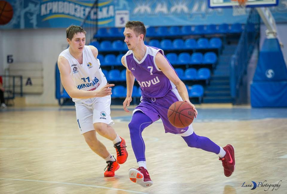 Перша ліга: Старий Луцьк-Університет і Миколаїв-2 – перші півфіналісти