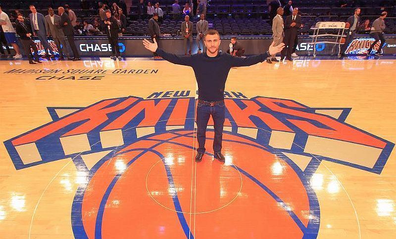 Непереможний Ломаченко похизувався баскетбольною влучністю: відео