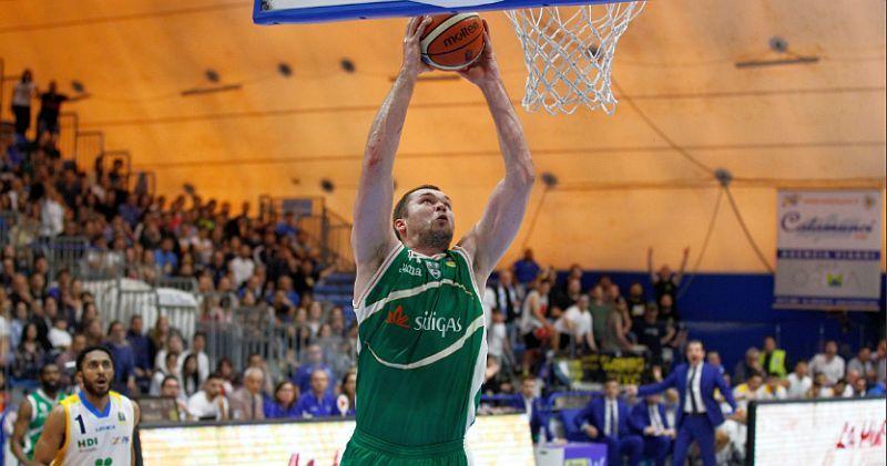Фесенко з рекордом переміг у чемпіонаті Італії