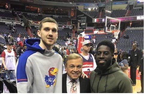 Пух Джеттер і Майк Фрателло провідали Святослава Михайлюка у баскетбольному кемпі (фото)