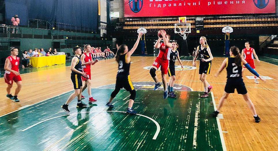 ВЮБЛ (дівчата-2001): КСЛІ-2 і ДЮСШ розпочали фінал з перемог