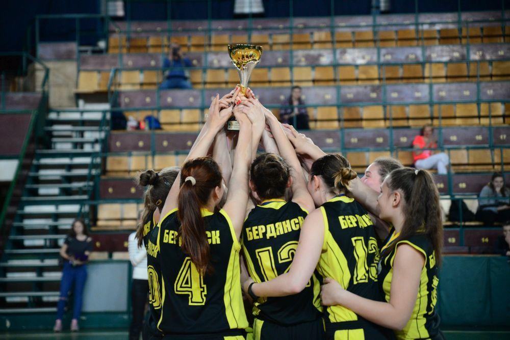 ВЮБЛ (дівчата-2001): ДЮСШ (Бердянськ) захистив титул чемпіонок України!