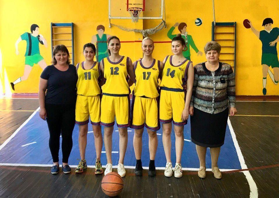 Шкільна баскетбольна ліга 3х3: харківські красуні – курс на Київ