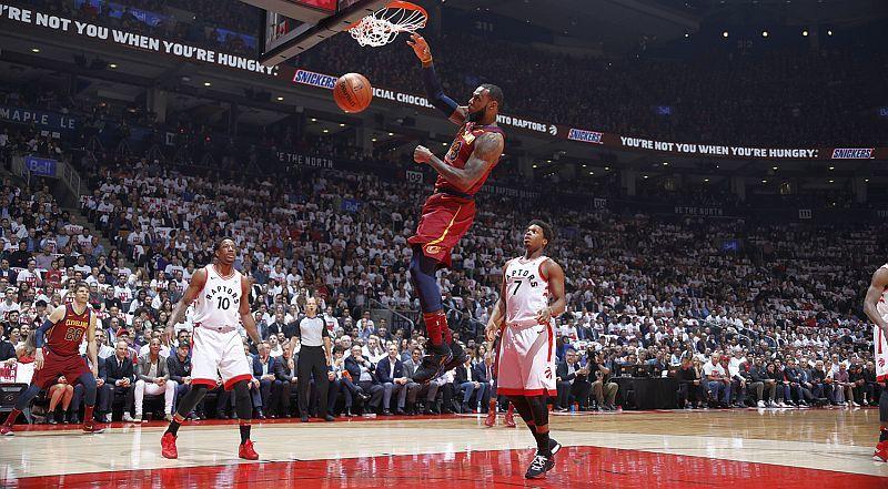 Найкращі моменти другого раунду плей-оф НБА: відео
